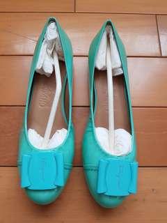🚚 全新馬卡龍夏季Salvatore Ferragamo娃娃鞋