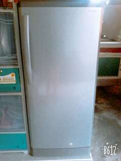 sharp refrigerator good as new 3 months slightly used with 7 months warranty left