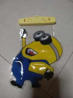 🚚 Kid ( Minion ) Waterproof Phone Holder