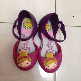 flat shoes anak sz 24