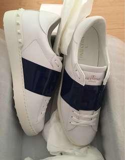 男裝 漆皮深藍 41/42/43.5 hold 全新Valentino Garavani sneaker Moncler