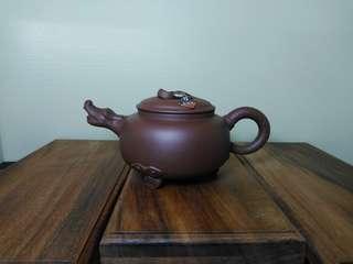 Zisha teapot 紫砂大三足龙团壶