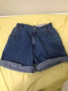 Super baggy high waisted vintage shorts denim