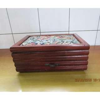 木製珠寶盒 (A)