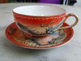 Cangkir teh kuno keramik/porselen ukiran Naga
