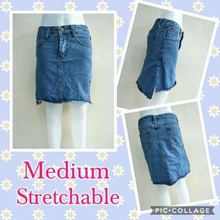 Stretchable soft denim skirt