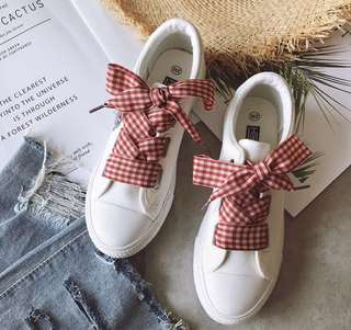 vintage ribbon shoes/sneakers