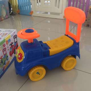 Ride on car for toddler