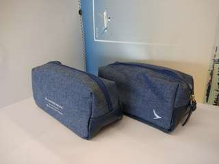 國泰航空商務艙乘客袋Cathay Business class amenity kit (全新未開 Brand new)