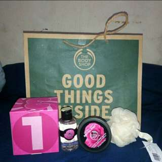 REPRICE!!! BODY SHOP HAMPERS