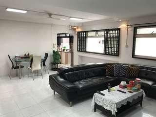 853 Jurong West Street 81