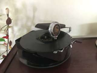 Mikky Mini phonograph from Japan