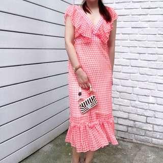 🚚 荷葉領粉紅色格子洋裝