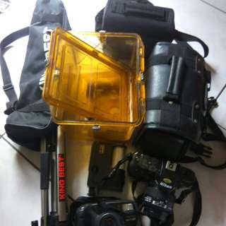 🚚 Nikon數位單眼相機,防水相機,腳架,箱子組和,全,含運費