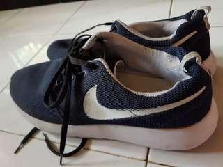Nike roshe run KW