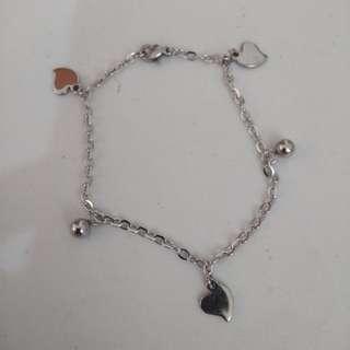 Biba Solid Heart Charm bracelet