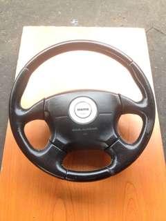 steering momo 4spoke