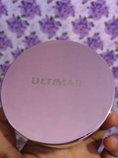 Bedak ULTIMA II Delicate Translucent Face Powder with moisturizer