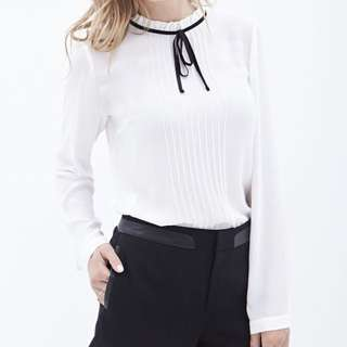 Forever 21 Blouse XS New with Tags