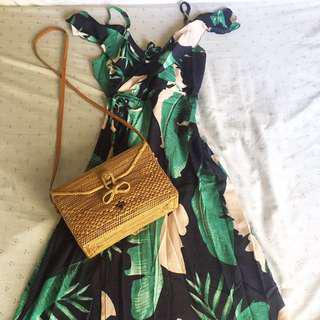 Tropical maxi dress 🌴