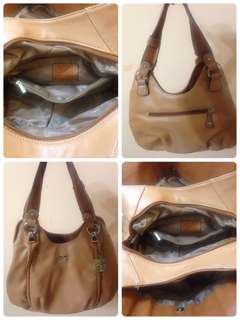 Preloved Pierre Cardin Handbag Condition 9/10