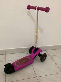 Y Glider (3 to 4 yr old ) Scooter for kids