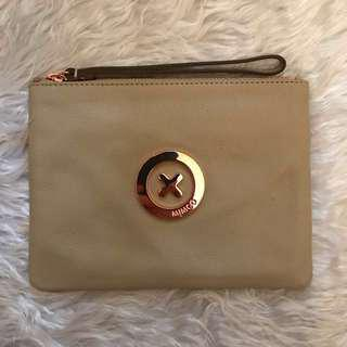 Mimco Medium Pouch in Vanilla with Supernatural Rose Gold Badge