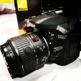 NIKON D5300 18-55mm VR II Kit