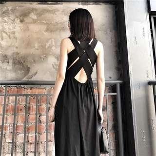 🚚 Candy w❤️實拍❤️ 波西米亞性感大露背黑色連身長洋裝