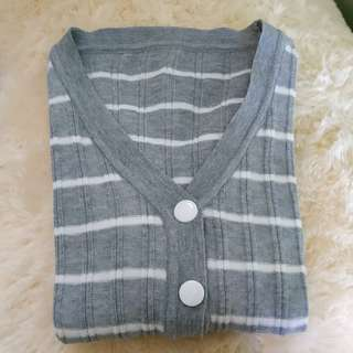 Cardigan Knit Grey