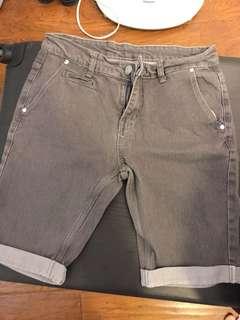 🚚 Cotton on 彈性短褲