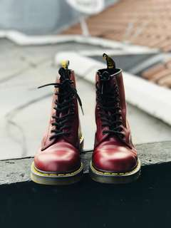 Dr Martens 1460W Cherry Red