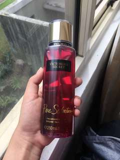 VS pure seduction body mist