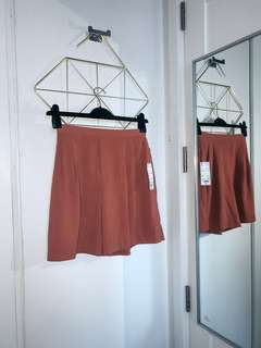 UNIQLO BNEW FLARED SHORTS