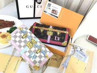 🚚 100%代購出清 路易威登 LOUIS VUITTONLV 設計款 限量 POCHETTE 鏈條包 小包 皮夾 長夾 手拿包 禮物 生日禮物 情人節