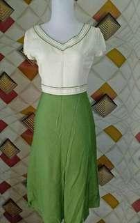 Dress V HijauPutih