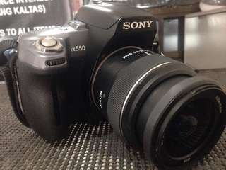 Sony a550 DSLR with 18-55mm lens 8gb SD Card