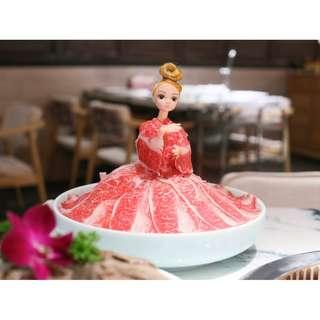 2 Sets Yakiniku Dress Barbie Doll