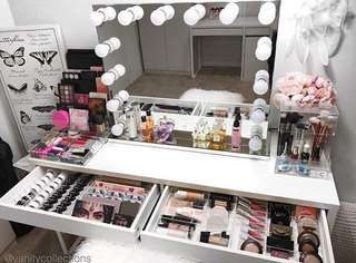 Makeup Mirror, table and stool