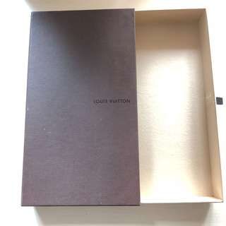 LV 盒 louis vuitton box