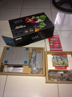 Wii with super mario game (RUSH)