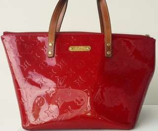 Priced to clear.  LOUIS VUITTON BELLEVUE VERNIS Pomme D'Amour Monogram GM Tote