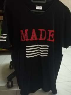 MADE TSHIRT WITH SIGNATURE