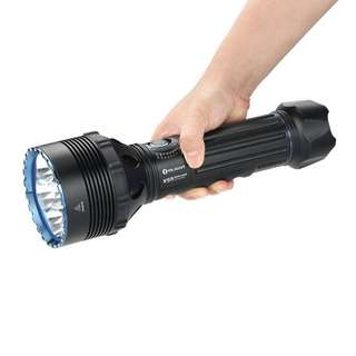 Olight X9R Marauder Sextuple Cree XHP70.2 25,000 Lumens 630 Meters Monster Flashlight