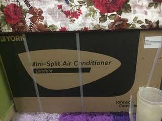 Aircond York 1.5 HP