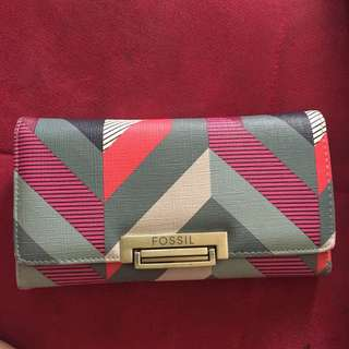 dompet fossil second semipremium