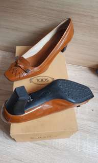 TODS with heels 4cm