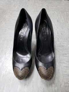 Alexandra MCQUEEN high heel size 37