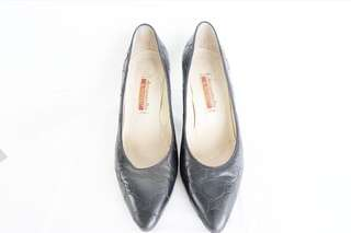 Authentic preloved alessandro fini heels