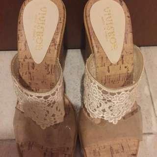 🚚 👡: (NEW) Vivi Shoe Wedges